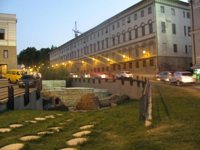 Tarihi Tiflis duvarları