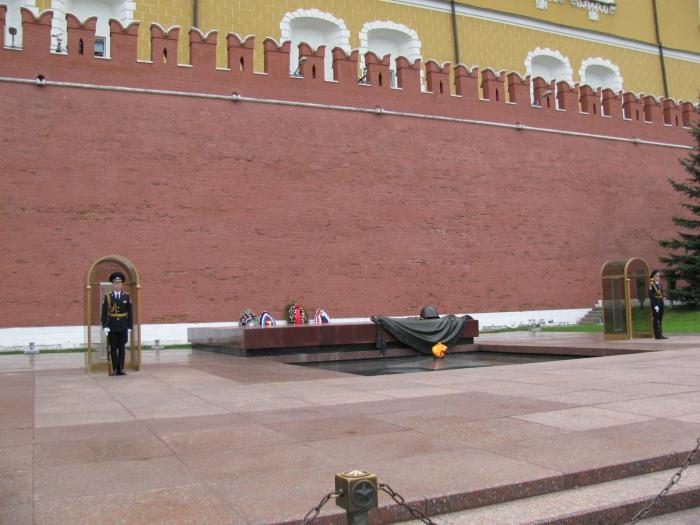 Meçhul asker anıtı