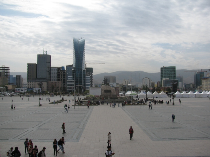 Suhkbaatar meydanı