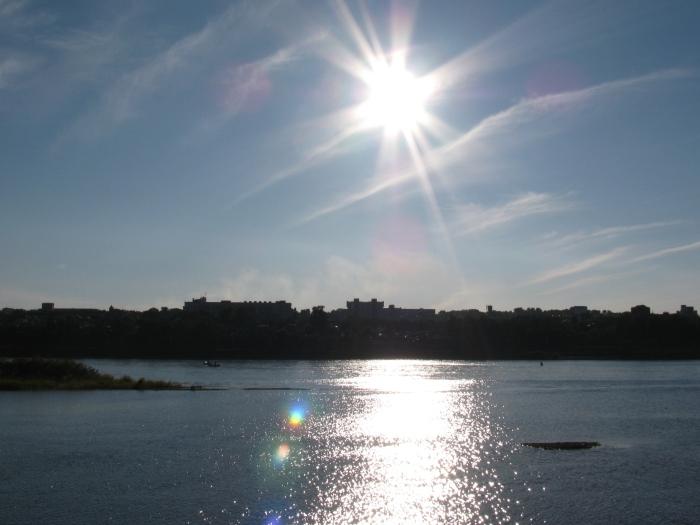 Angar'da gün batarken