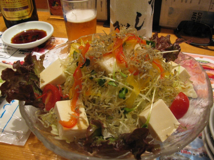 Larva salatası