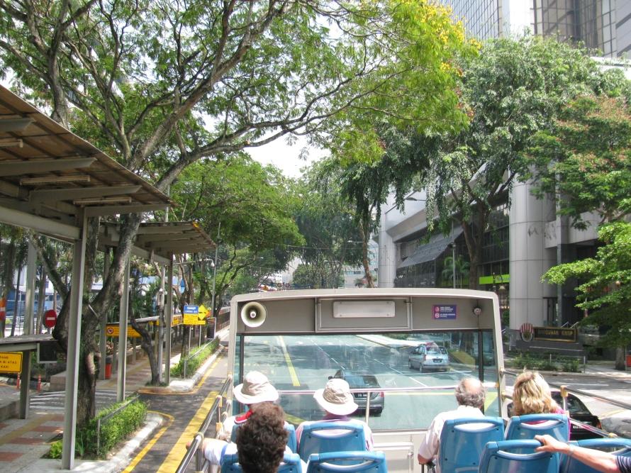 Tur otobüsü