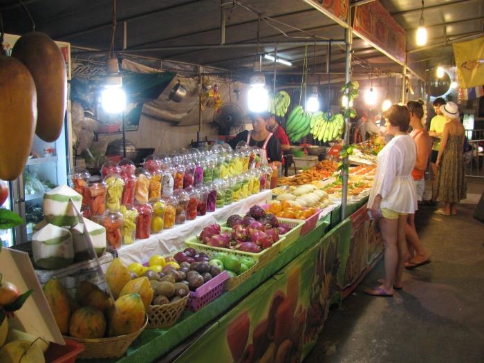 Meyve standı